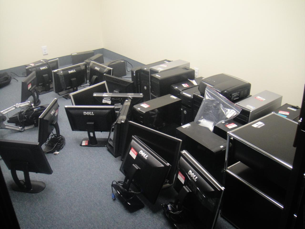 Computer Overload - Mass storage of computers
